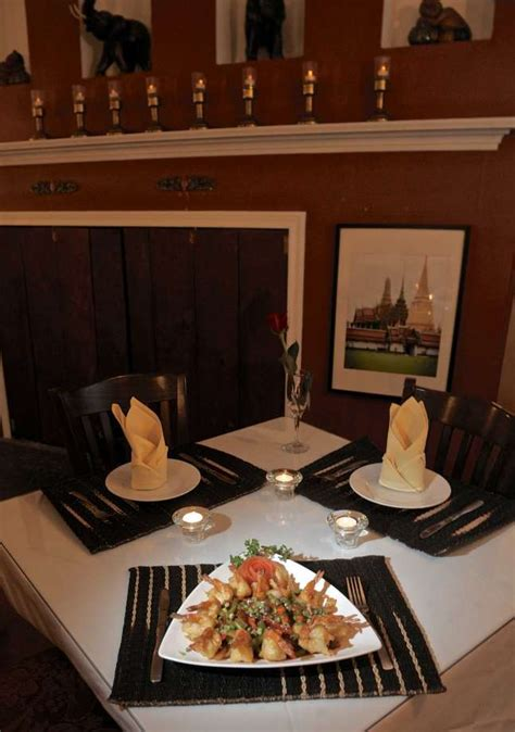 thai charm restaurant drawing crowds in new milford