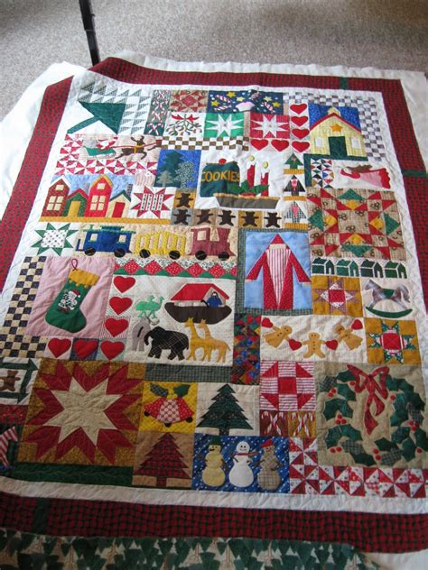 images of christmas quilts artistic quilting christmas quilts