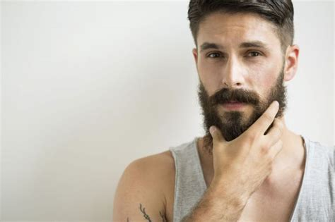 young man with beard wallpaper faire pousser la barbe