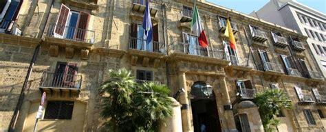 d italia elenco banche da latitante rapinava banche la regione sicilia gli dava