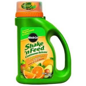 citrus fertilizer home depot miracle gro shake n feed 4 5 lb citrus plant food 104829
