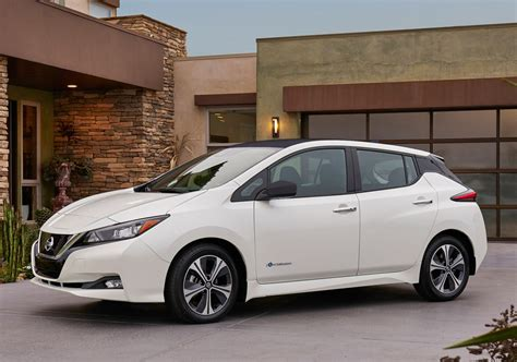 new nissan leaf range all new nissan leaf is coming for 2018 with driving range