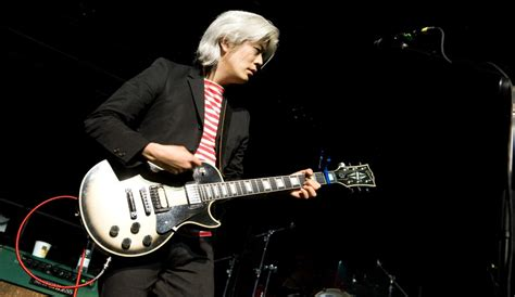 james iha fans in for a surprise when smashing pumpkins reunite with