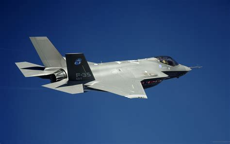 F 35 Lighting Ii by F35
