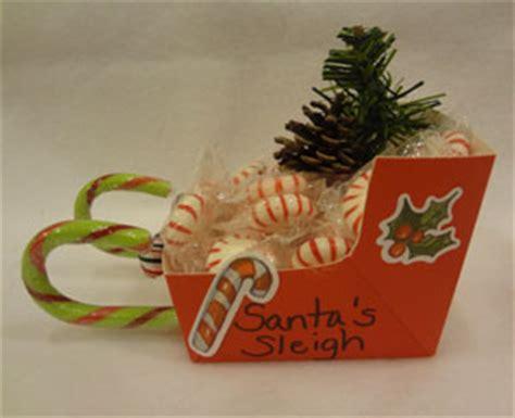 santa on the sleigh kids crafts santa s sleigh craft all network
