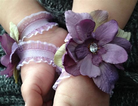 how to make baby barefoot sandals with ribbon barefoot baby sandals lavender ribbon by babyoscustomcreation