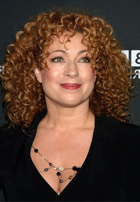 alex kingston medium length curly hair style cool curly hair celebrity medium curly haircuts from alex kingston