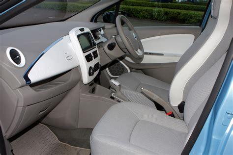 renault zoe interior renault zoe hatchback review parkers