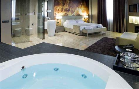 habitacion con jacuzzi catalu a hotels met jacuzzi op kamer top 10 luxe hotelkamers