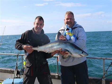 fishing boat charter weymouth shark fishing trip weymouth snapper charters