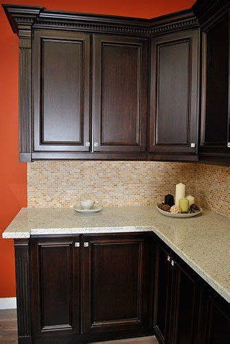 dark stained kitchen cabinets best 25 dark stained cabinets ideas on pinterest dark cabinets backsplash with dark cabinets