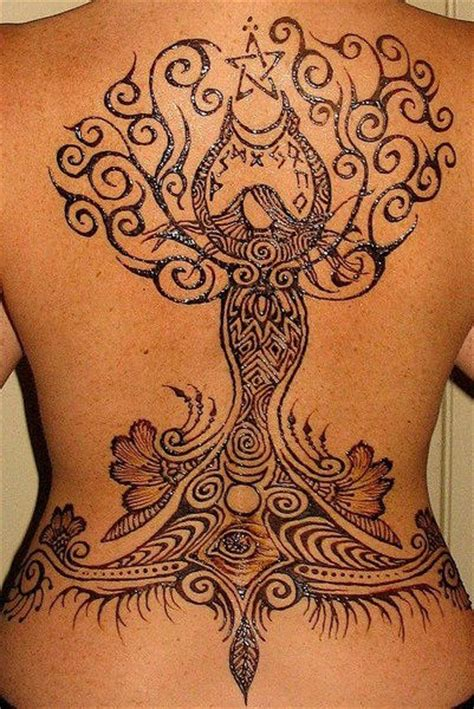 tattoo henna on back huge heena tattoo on back