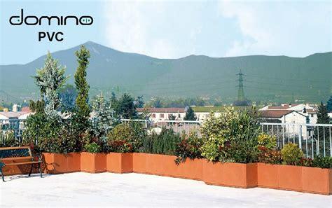 vasi e fioriere per terrazzi fioriere domino linea terrazzi pvc centrovivai garden center