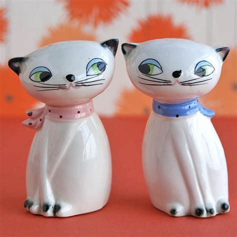 funny salt and pepper shakers creative and funny salt and pepper shakers pass the salt