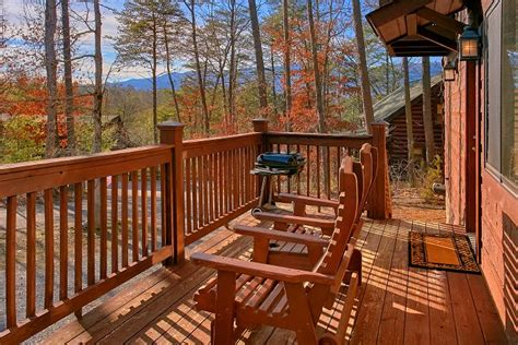 3 bedroom cabins in gatlinburg 3 bedroom cabin in smoky mountains cabins usa gatlinburg