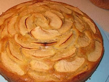 ladari a forma di ladina torta di mele turte da pom cucina ladina ladinia