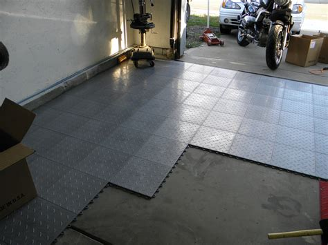 garage flooring design preview affordable garage floor tiles inexpensive flooring designs inexpensive garage