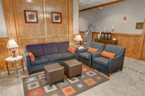 Comfort Inn Wheeling Wv by Comfort Inn Suites Wheeling Triadelphia Wv Aaa