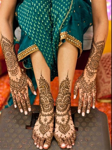 Tattoo Maker In Janakpuri | looking for mehndi artists in dwarka janakpuri delhi we
