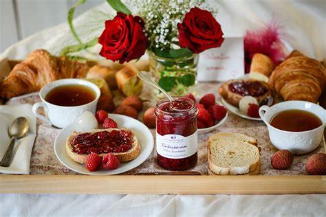 Petit Dej Au Lit En Amoureux by Id 233 Es Gourmandes Et Romantiques Pour La Valentin