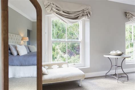Feng Shui Bedroom Mirror by How To Use Mirrors For Feng Shui