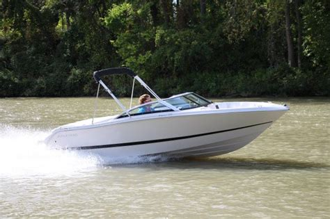 four winns boat test 2016 four winns freedom 190 tested reviewed on boattest ca
