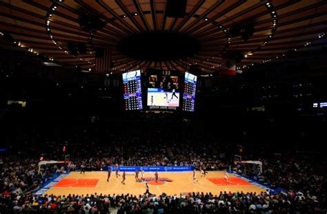 Who Is At Square Garden Tonight by New York Will Rock Tonight With Nets Spurs And Knicks