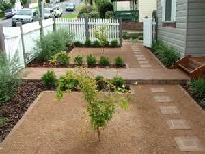 Backyard Landscaping Ideas For Dogs Create A Beautiful Drought Resistant Front Yard