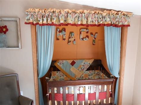 Crib In Closet by 17 Best Ideas About Crib In Closet On Toddler