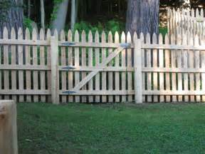 picket whitney fence