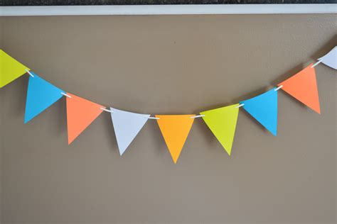 How To Make A Paper Pennant Banner - birthday food fam crafts