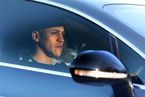 alexis sanchez clean cars alexis sanchez arrives at manchester to complete move