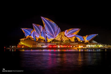 christmas vivid event sydney light festival distan bach photography