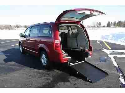 buy car manuals 2008 dodge grand caravan windshield wipe control purchase used 2008 grand caravan handicap accessible wheelchair van rear entry manual r in