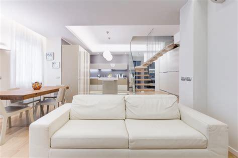 come soddisfare il partner a letto progettare casa come scegliere il divano letto