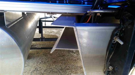 third pontoon kit technical info wanted oversized motor in pontoon the