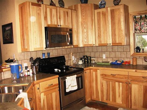 kitchen cabinets lowes lowes kraftmaid kitchen cabinets kraftmaid cabinetry from
