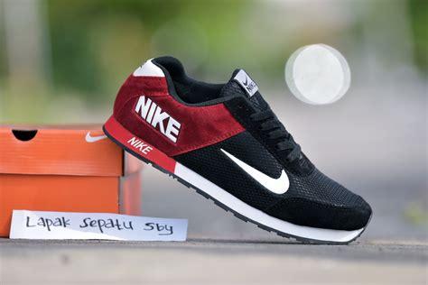 jual sepatu sport nike md runner grade ori hitam merah