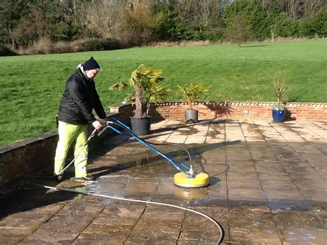How To Clean Patio by How To Clean Your Patio With A Pressure Washer Icamblog