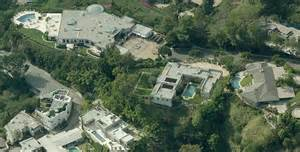 see the 85 million house z and beyonce are about to