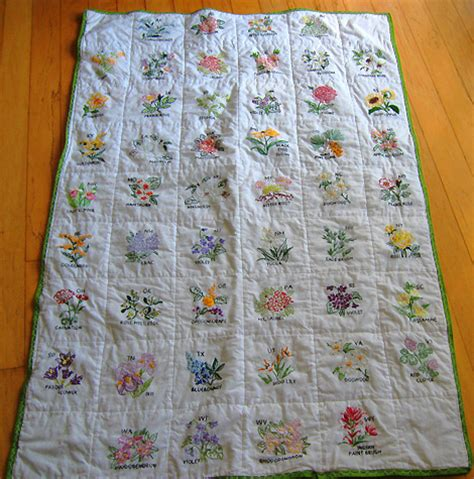 State Quilts by Turkey Feathers State Flower Cottage Quilt