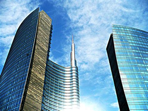 unicredit sede centrale milan s modern architecture made in italy travel ideas
