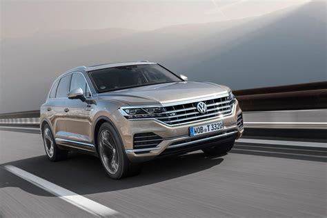 2019 Vw Touareg Tdi by Volkswagen Touareg Gains 4 0 V8 Tdi Just In Time For 2019