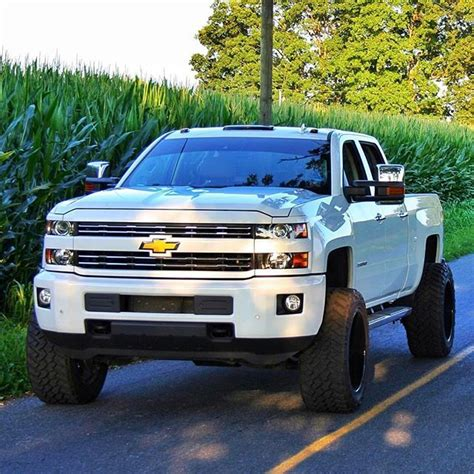 2018 chevy duramax lifted best 25 new chevy silverado ideas on new