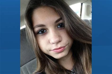 nude15 year old winnipeg police ask for help finding 15 year old girl