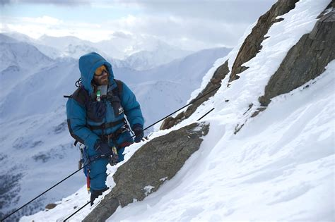 film everest synopsis everest is capable of taking your breath away the blade