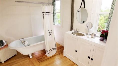 rehab addict on hgtv bathroom renovations rehab addict