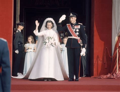 Royal Wedding A Glance Back At The Royal Wedding Dresses by Pictures Of The Most Beautiful Royal Wedding Dresses