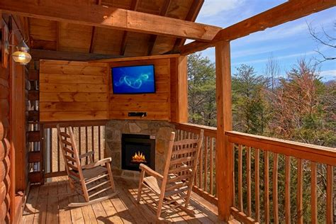 Cabin Rentals In Gatlinburg Tn With Pool by Cabin Rental Near Gatlinburg With Indoor Pool