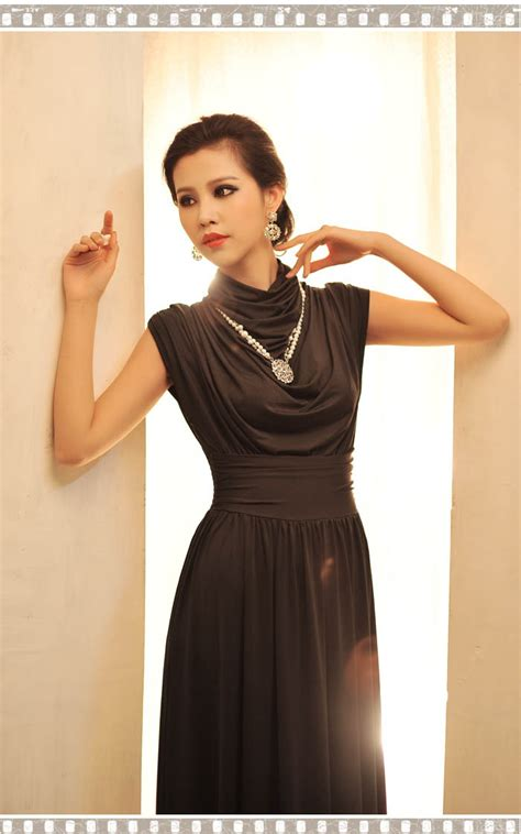 Mini Dress Pesta Korea Hitam Putih Tanpa Lengan Impotr Murah dress korea pesta lengan buntung terbaru model terbaru jual murah import kerja